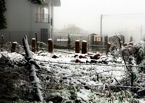 Neve na Região Central de Flores da Cunha