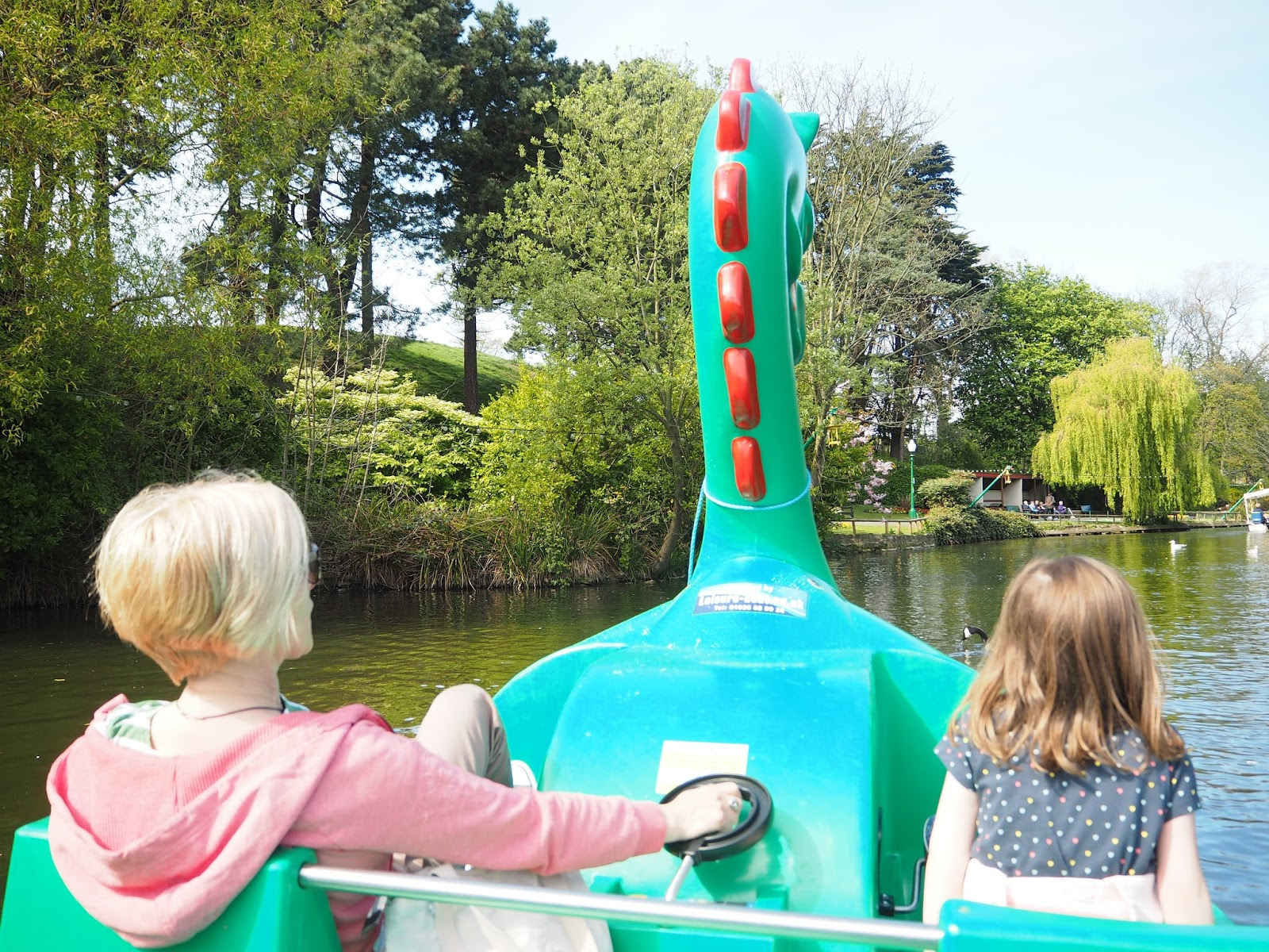 Peasholm Park Scarborough lake boat ride