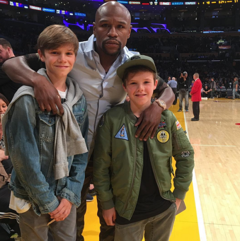 EX Footballer David Beckham boys meet Floyd Mayweather