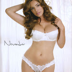 Kelly Brook - Calendario 2012 Foto 12