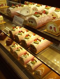 Strawberry Roll Cake at Seibu Department Store Ikebukuro Japan