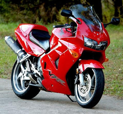 http://www.reliable-store.com/products/honda-vfr800fi-1998-2001-service-repair-manual-download