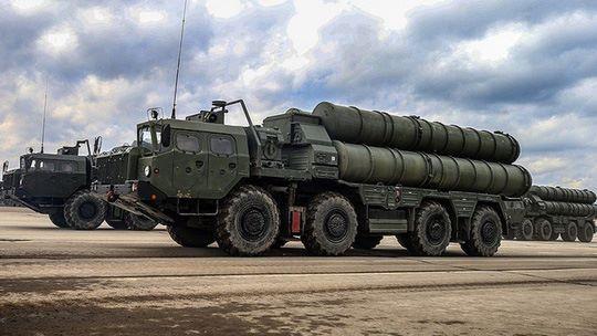 hệ thống tên lửa đất đối không S-400