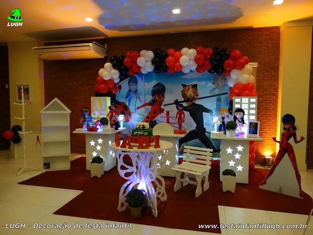 Decoração provençal Miraculous Ladybug para festa infantil