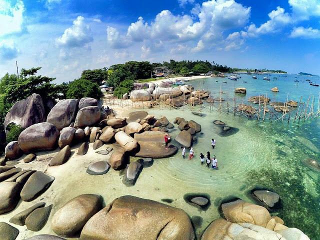 Pantai Tanjung Kelayang Yang Populer di bangka