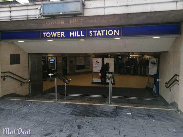 Trip London - Tower Hill Station