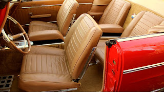 1962 Chrysler 300H Convertible Seat Front
