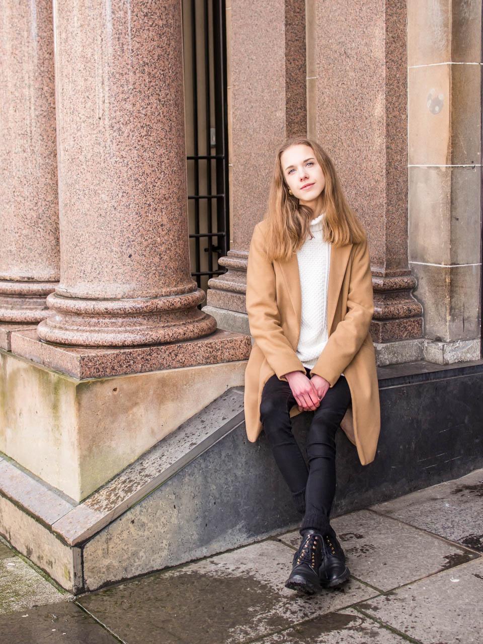 Scandinavian fashion blogger winter outfit - Talvimuoti, tyyli, asuinspiraatio, bloggaaja