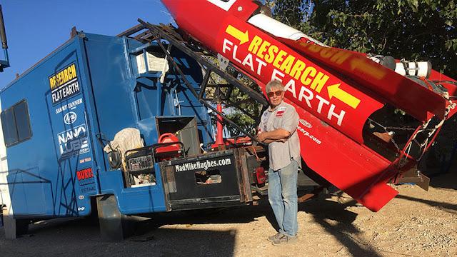 Terraplanista volará al espacio en un cohete casero para probar que la Tierra es plana