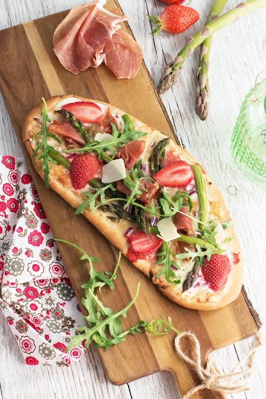 recette pizza asperge jambon fraise