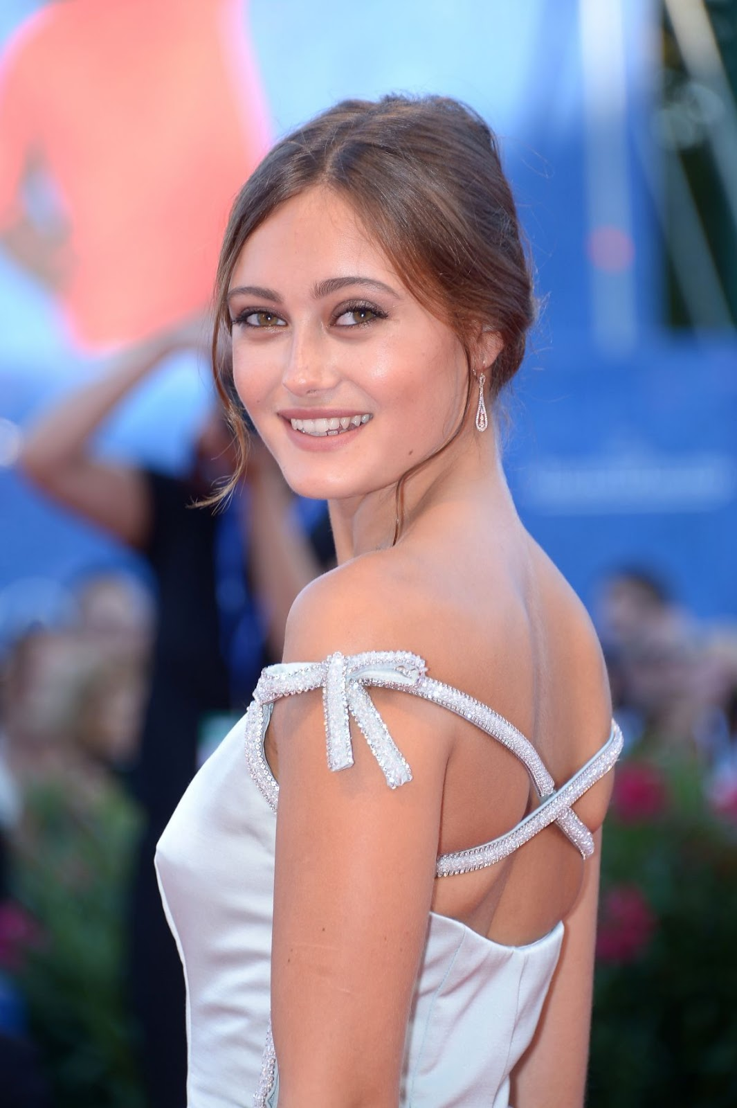Full HQ Photos of Ella Purnell At La La Land Premiere At 2016 Venice Film Festival