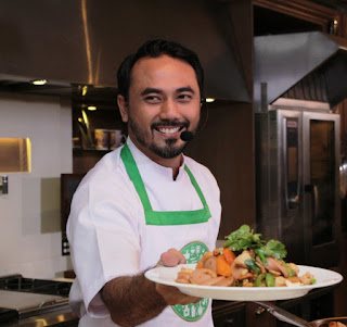 """Chef Ari dan kreasi masaknya """"Mie Tumis Wortel Fish Nugget"""""""