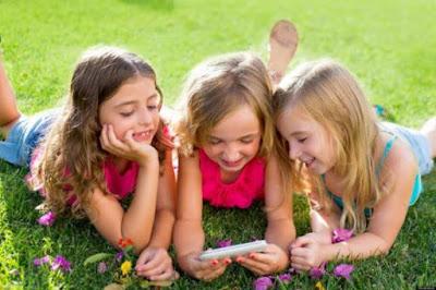 Dare ai vostri figli uno smartphone è come dar loro della cocaina