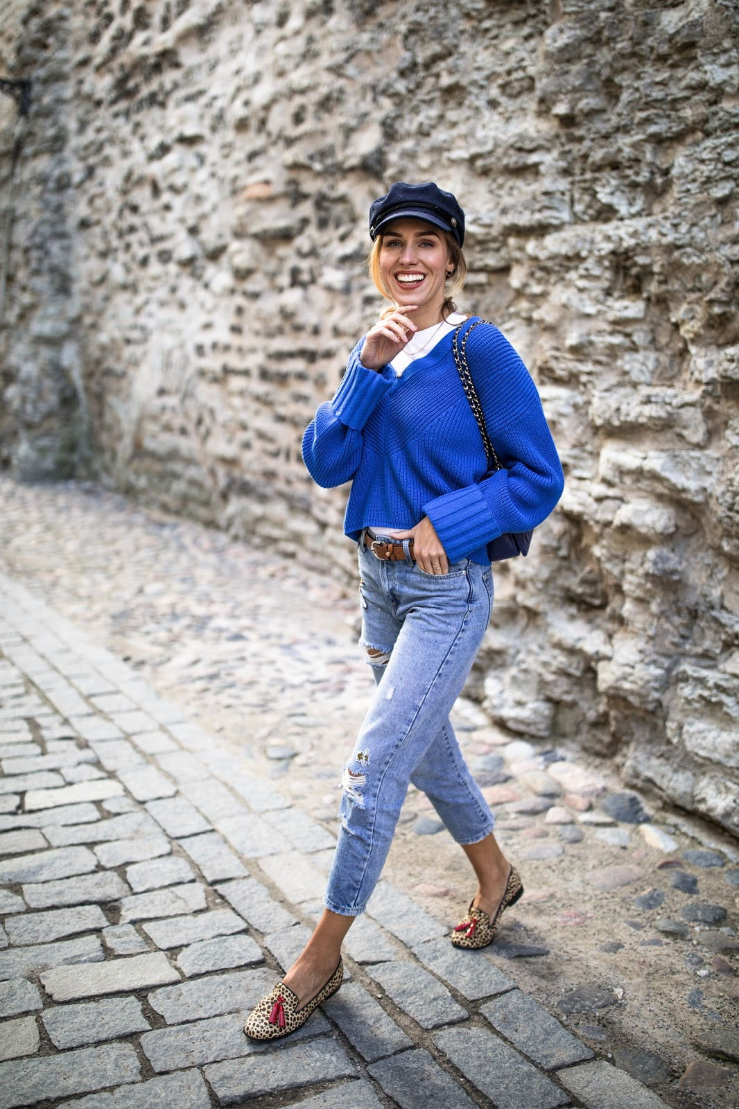 fisherman cap blue sweater fall outfit