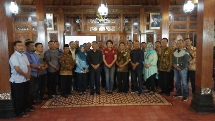 Danramil 04/Jebres Hadiri Pertemuan Rutin Pamong Kecamatan Jebres dan aparat TNI-Polri se-Kecamatan Jebres