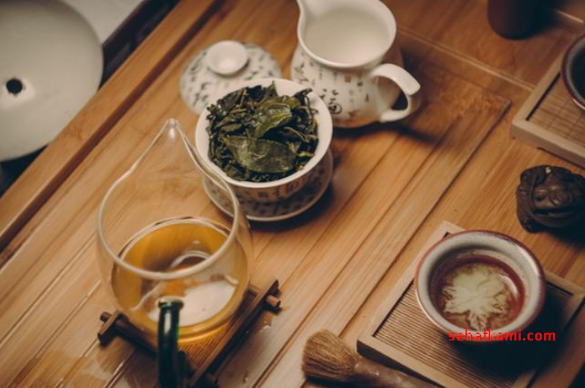 cara menghilangkan jerawat di dada dengan minyak pohon teh