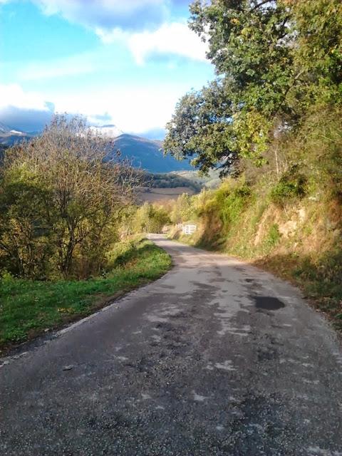 La carretera general a  desde la nacinal de Pajares a Casorvida