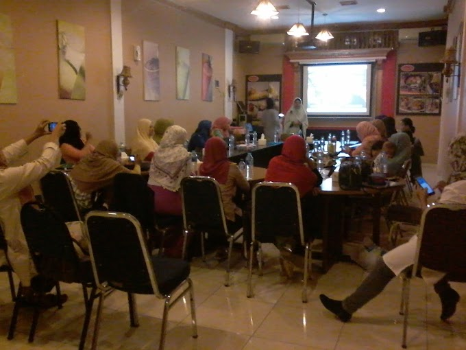 Arisan Ilmu Semarang : Let's Cooking Viral Content with Carolina Ratri