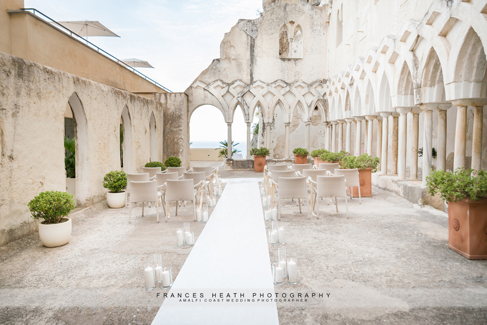 Wedding ceremony at NH Hotel Convento