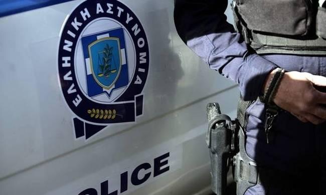 Συνελήφθησαν δύο άνδρες που έψαχναν αρχαία σε παραλία της Χαλκιδικής