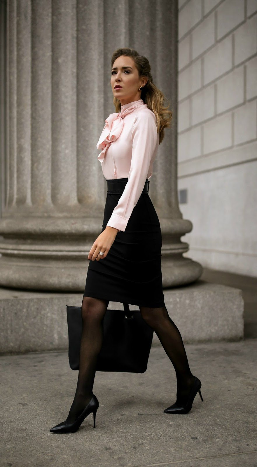 Should You Wear Tights To Job Interviews Or Work Fashionmylegs The Tights And Hosiery Blog