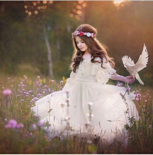Αποτέλεσμα εικόνας για Η διάδοση της ομορφιάς είναι μια ηρωική αποστολή