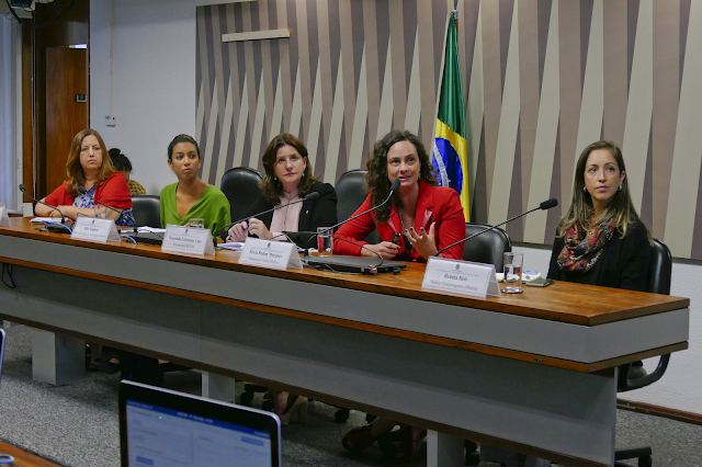 Especialistas defendem humanização do parto para reduzir cesáreas desnecessárias