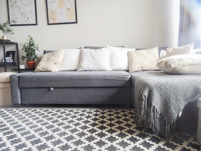 Asunto, muutto, kodinsisustus, koti, olohuone, sohva, ikea, vauva