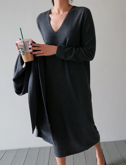 V-Neck Shift Knit Dress