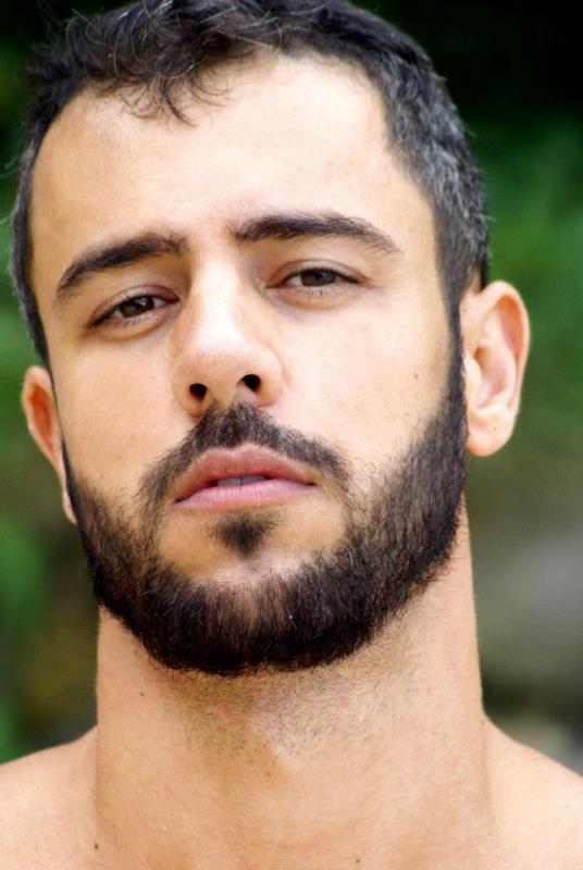 Sábio-Lopez-surfista-brasileiro-sarado-maduro-Boys-Na-Web (12)