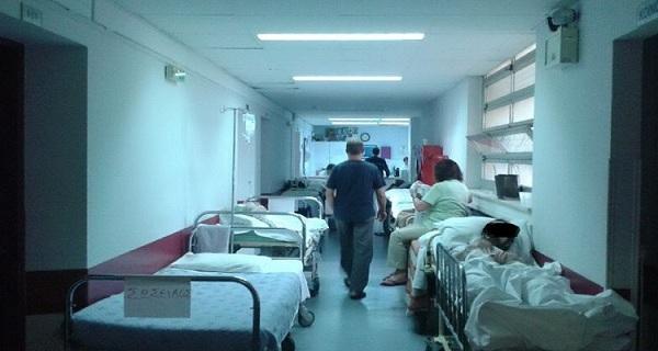 Πέταξαν Έξω Έλληνα Από Το Ιπποκράτειου Νοσοκομείο Που Είχε Βιβλιάριο Υγείας Της Πρόνοιας Και Πλήρωνε ΤΕΒΕ 32 Χρόνια Γιατί Δεν Είχε Να Πληρώσει