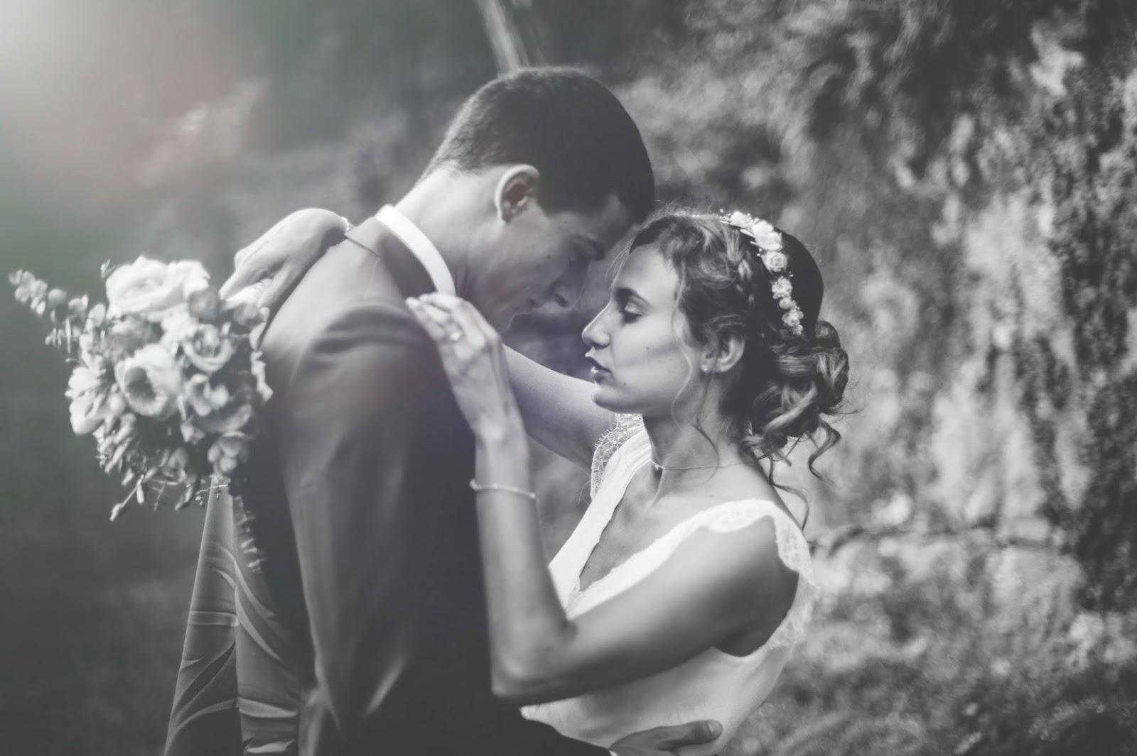 Photographe mariage Lyon Roanne Manoir De munas ardeche