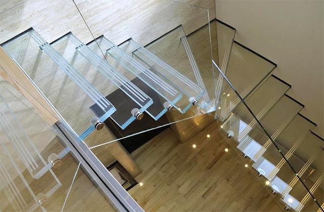 arredamento-in-vetro-scale