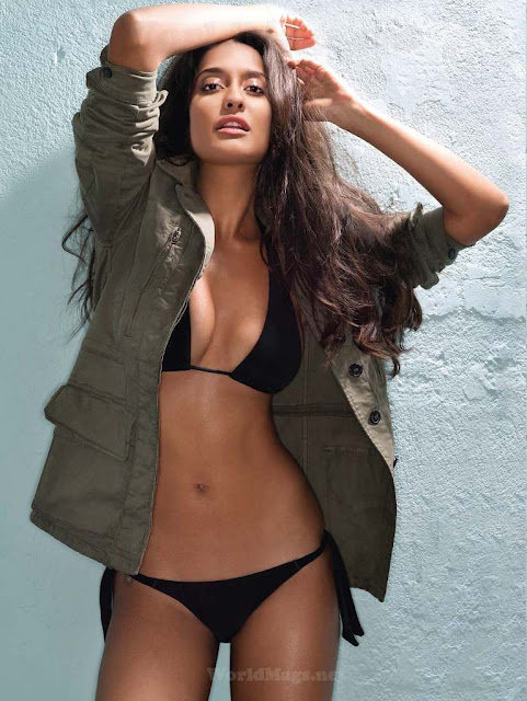 Lisa Haydon Bikini hot