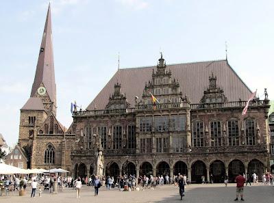 Liebfrauenkirche; Bremer Rathaus; Ayuntamiento; Marktplatz; Bremen; Brême; Alemania; Deutschland; Germany; Allemagne