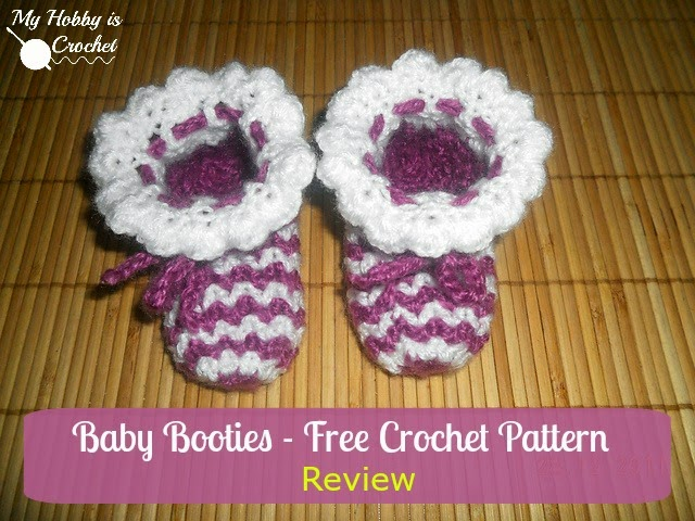 Zig Zag Baby Booties | A Free Pattern Review by My Hobby is Crochet of the Lavender Baby Booties by Mon Petit Violon