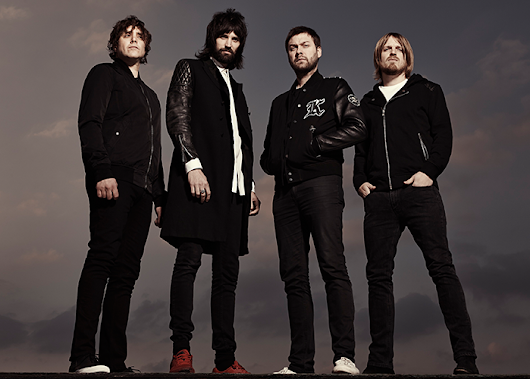 "Kasabian retorna com um pezinho no pop no single ""You're In Love With a Psycho"""