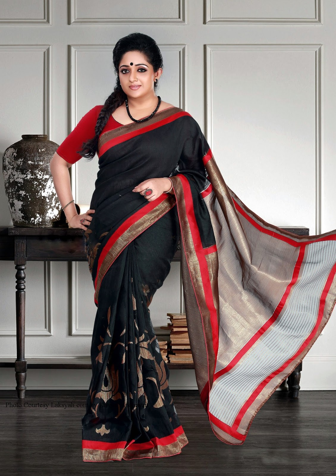 Kavya Madhavan Hot photo shoot-thumbnail-topgallery
