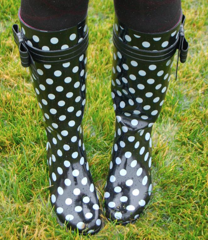 4058b0a1588c turtle neck  j.crew    belt  h m (skinny options)    boots  kate spade     tights  ksny    sunnies  miu miu    umbrella  kate spade (marc by marc  option) ...