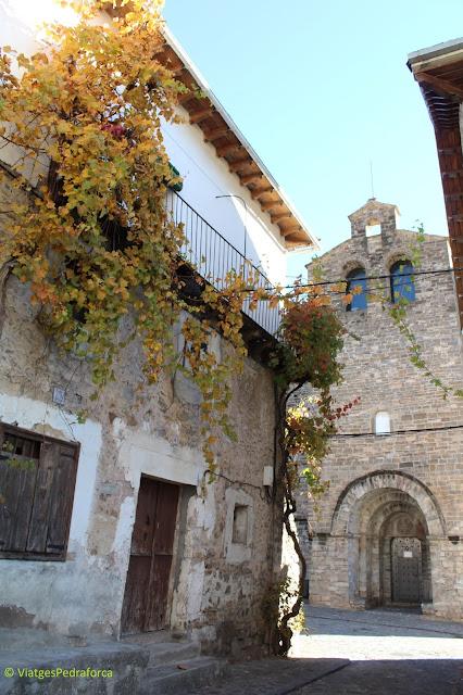 Pobles amb encant, Pirineu Aragonès, colors de tardor, art romànic