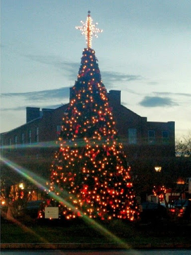 Christmas-in-Gettysburg-PA-tasteasyougo.com
