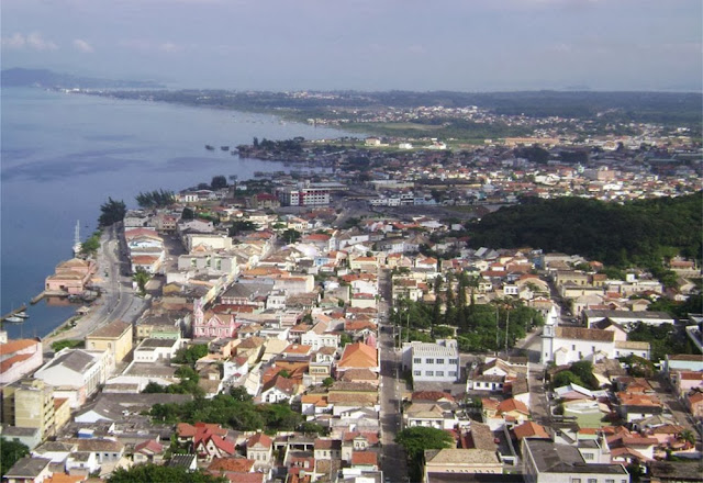 Vista do centro de Laguna – SC