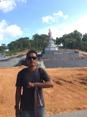 Patung Dewi Kwan In