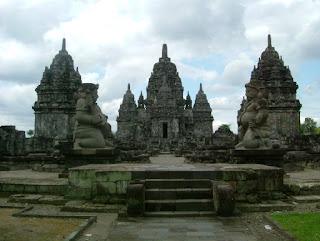 Kerajaan Mataram Kuno Di Jawa Timur  (Kerajaan Medong Kamulan)