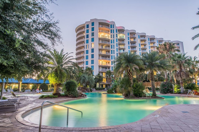 At the Palms of Destin, feel appreciated and delighted when you're spending your hard earned money and valuable time on a trip to one of the most beautiful destinations on earth.