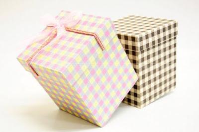 Mẫu in hộp giấy đựng quà