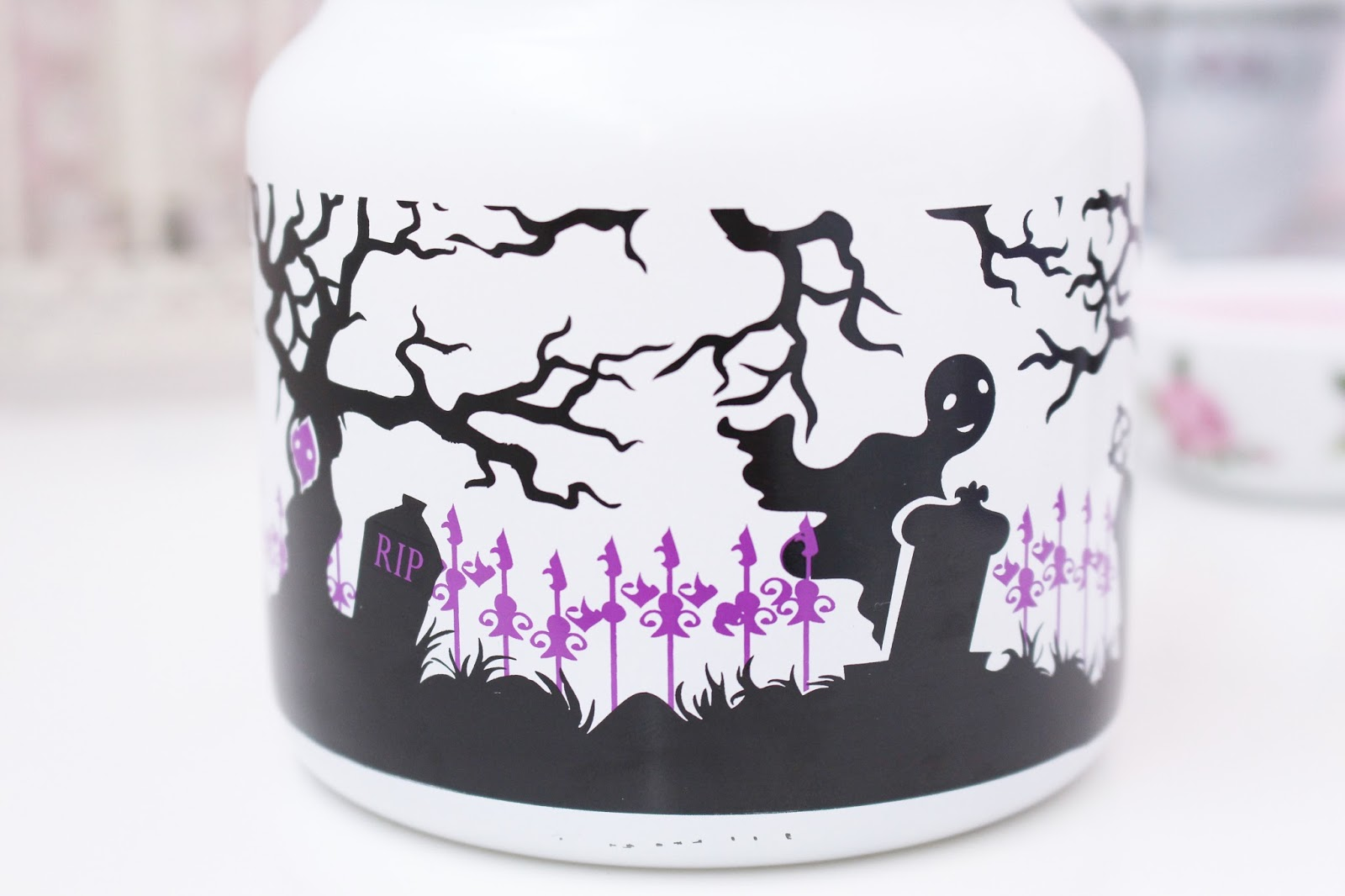 Yankee Candle Halloween Ghostly Treats Jar