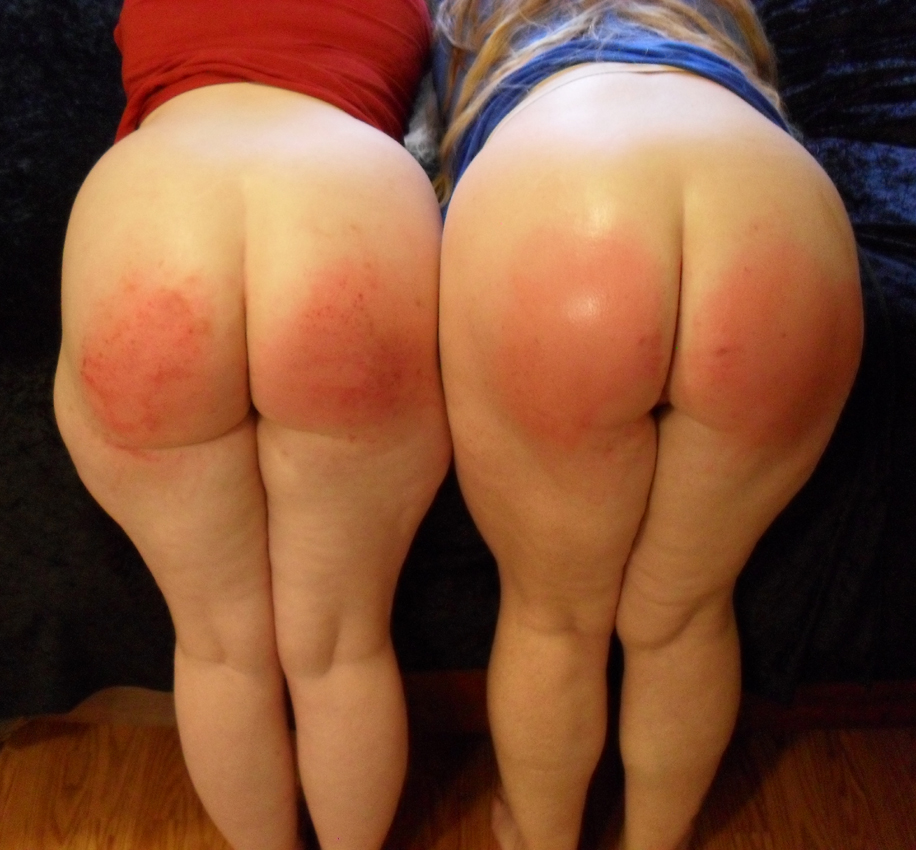 Spanking naughty girls bottoms