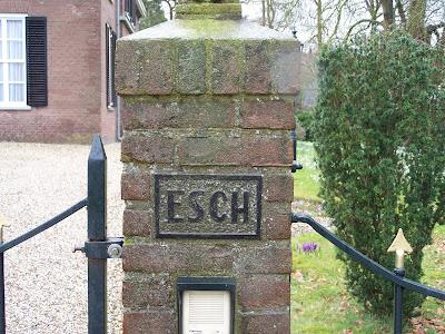 Ingang van den Esch anno 2013