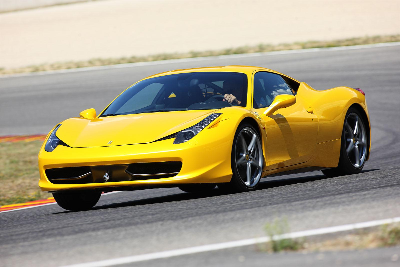 Sport Cars: Ferrari 458 Italia hd Wallpapers 2011